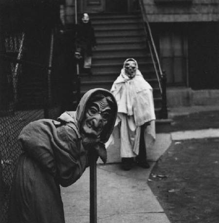 Halloween - Creepy Vintage Masks Costumes III