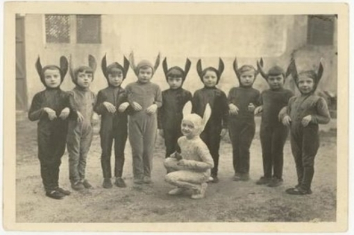 Halloween - Creepy Vintage Masks Costumes V
