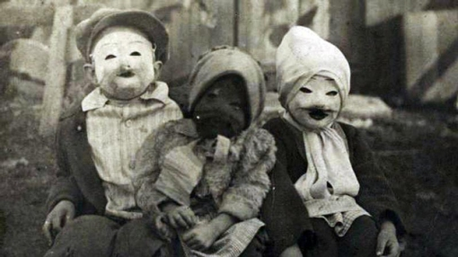 Halloween - Creepy Vintage Masks Costumes X