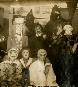 Halloween - Creepy Vintage Masks Costumes XI